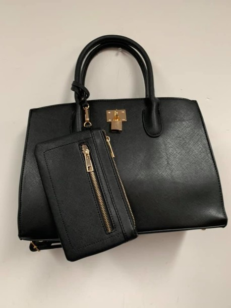 Black Plain with lock and change